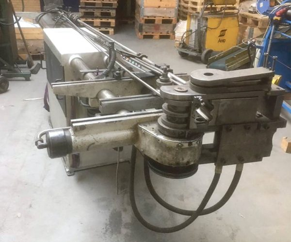 HYDRO FORM - hydraulisk rørbukkemaskine 1 rorbukker.shvdk