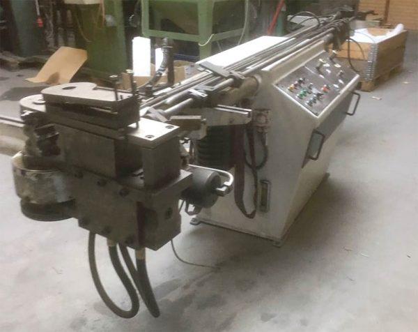 HYDRO FORM - hydraulisk rørbukkemaskine 2 rorbukker.shvdk