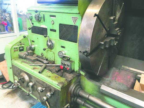 STANKO - drejebænk 165 x 2500 mm 3 8