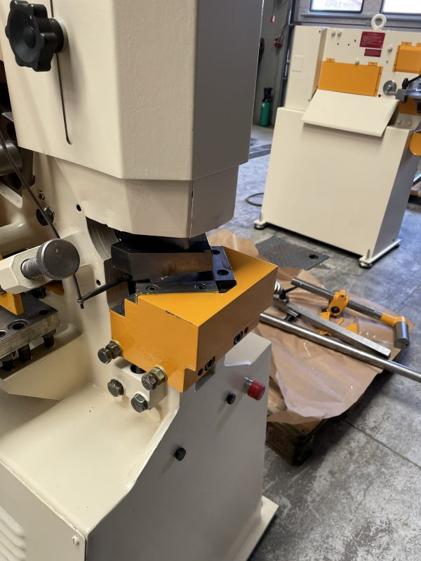 Brugt GEKA HYDRA CROP 50-S UNIVERSAL Profiljernsaks med 2 cylindre SHV 10 3 scaled