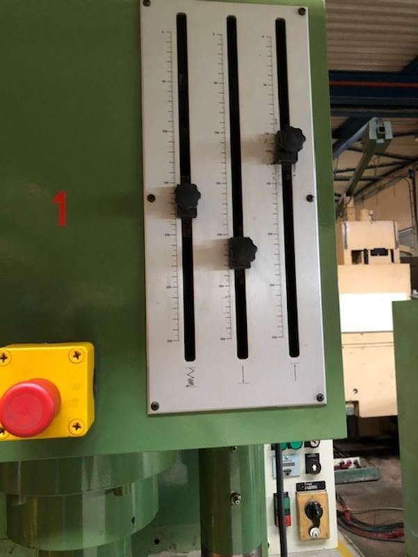 Stenhøj Hydraulisk presse 25 tons SHV 6 1 1