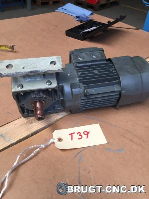SEW 120-DR 631L4/BR Electric Motor with Gearbox med 3009d82cf7722adb968a196f3dcdef65