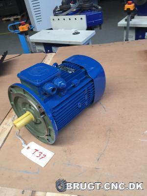 WAT QE-112 Electric Motor (NEW) med 4d8391ef17e555d027ced08a44de6e8d