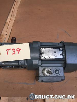 SEW 120-DR 631L4/BR Electric Motor with Gearbox med a6fcec84ec7a1a73102c299ce4310f7d